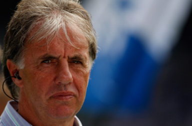 Mark Lawrenson has predicted a Liverpool win this weekend.