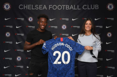 Hudson-Odoi signs extension with Chelsea.