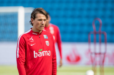 Liverpool face competition in their pursuit of Sander Berge.
