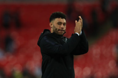 Alex Oxlade-Chamberlain has come in for high praise from Darren Bent.