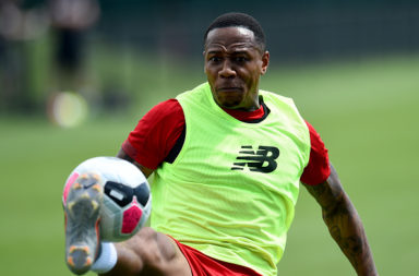 Nathaniel Clyne is reportedly set to sign for Crystal Palace.