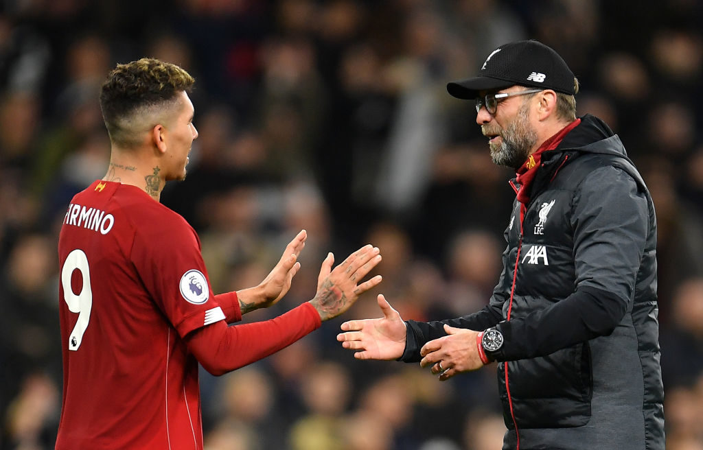 Jurgen Klopp congratulates Roberto Firmino for his performance
