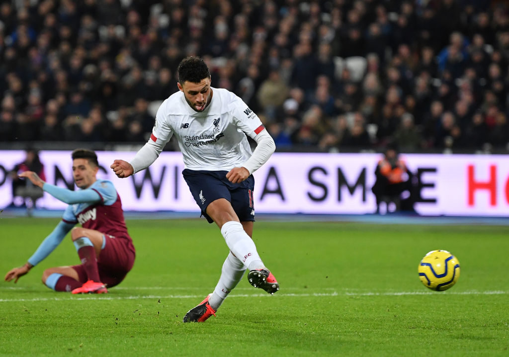 Oxlade-Chamberlain scores his goal against West Ham.