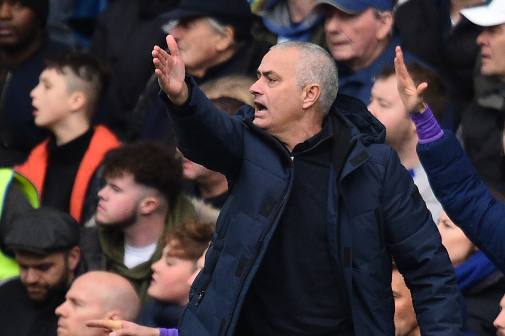 Jose Mourinho back to old tricks following Liverpool dig