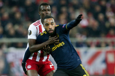 Ousseynou Ba battles with Alexandre Lacazette.