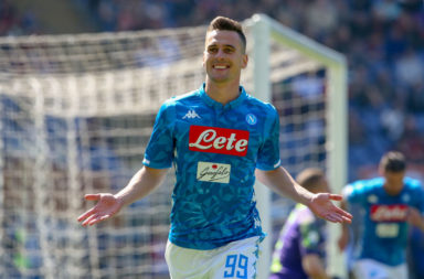 Liverpool should consider a move for Arkadiusz Milik of Napoli.