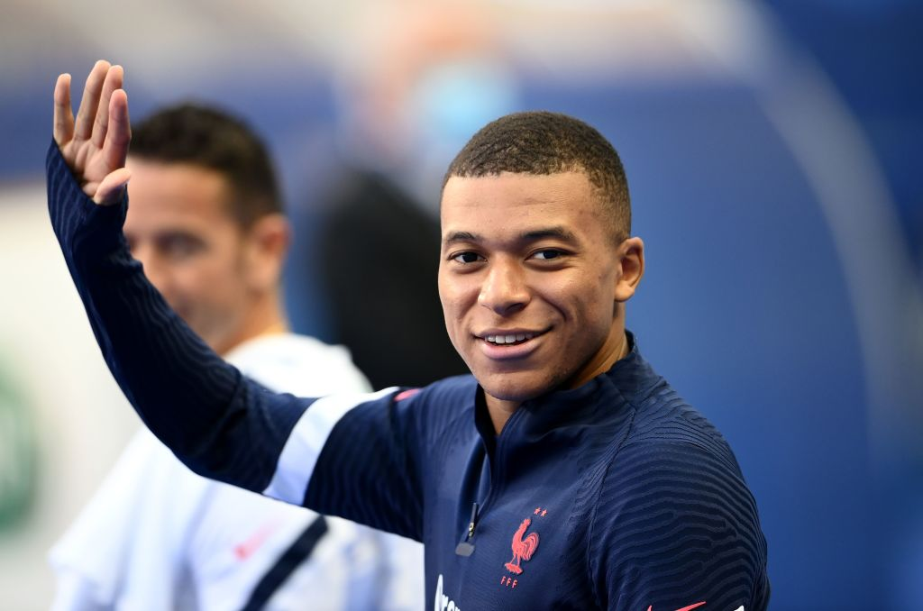 Liverpool target Kylian Mbappe has already decided to join Real Madrid.