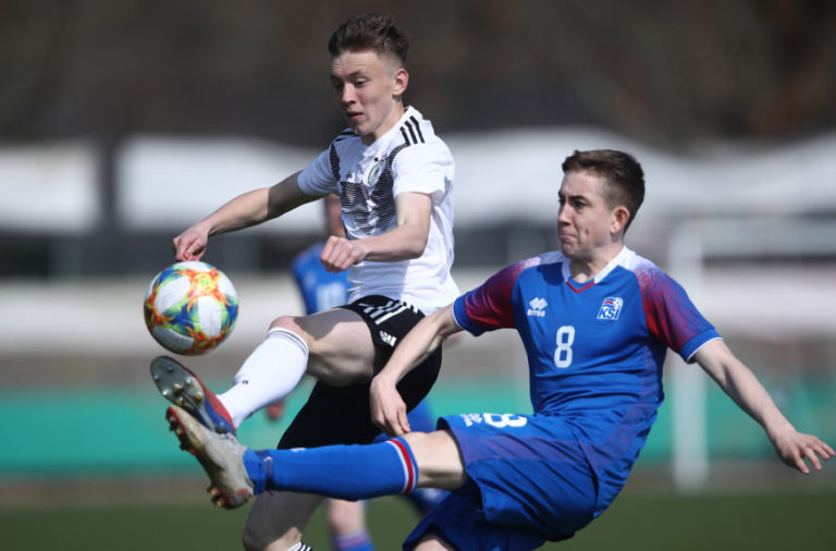 Liverpool are tracking Icelandic wonderkid Ísak Bergmann Jóhannesson.