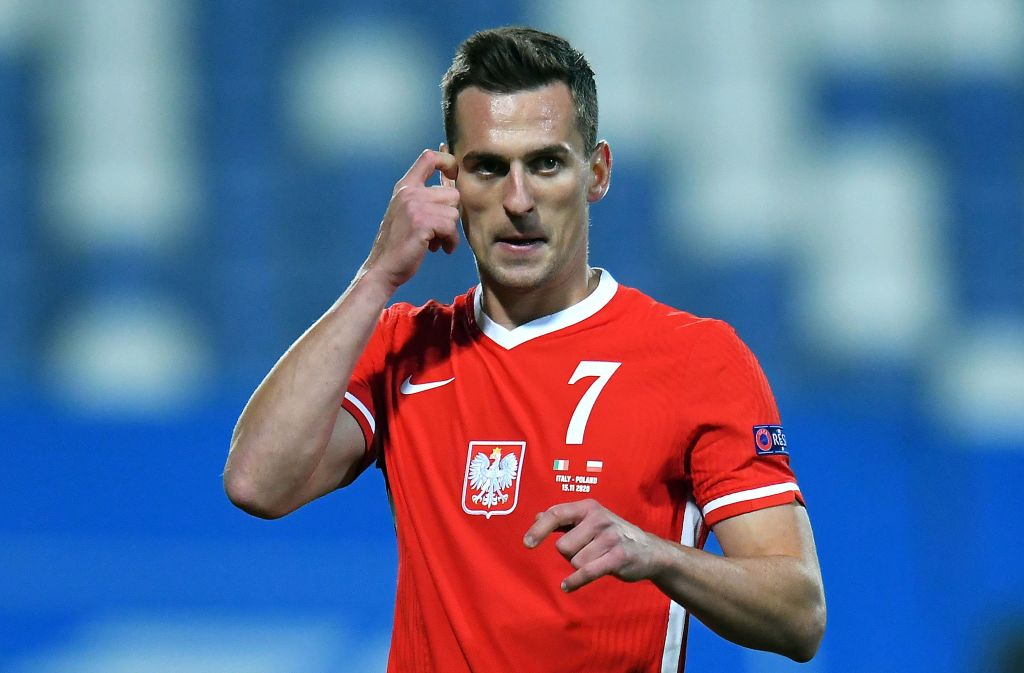 Liverpool should sign Arkadiusz Milik to replace Divock Origi. from January 1st.