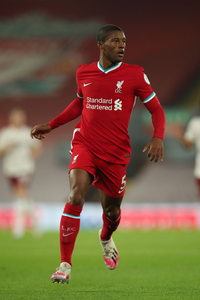 Paul Scholes has backed Gini Wijnaldum to stay at Liverpool.