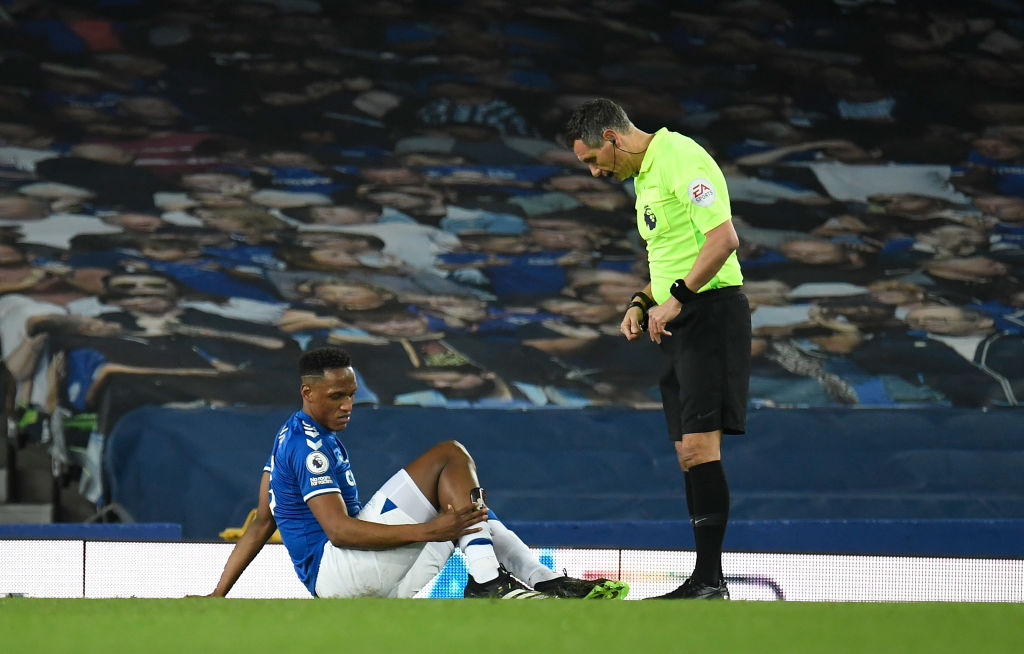 Carlo Ancelotti confirms that Yerry Mina injured a shot ahead of Liverpool's clash