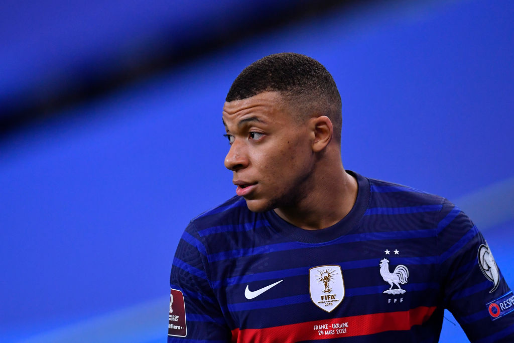 Liverpool should look at swapping Mo Salah for Kylian Mbappe.