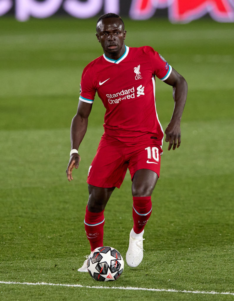 Stephen Warnock has called for Sadio Mane to be dropped by Jürgen Klopp