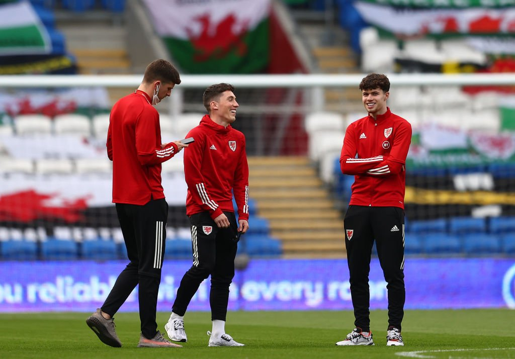 Harry Wilson and Neco Williams (R) of Wales inspect the pitch prior to the FIFA World Cup 2022 Qatar qualifying match between Wales and Czech Republic on March 30, 2021