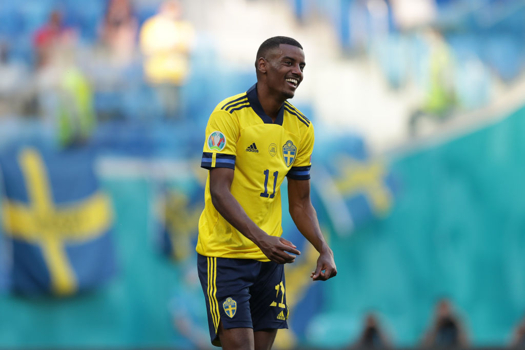 Liverpool could open talks with Alexander Isak