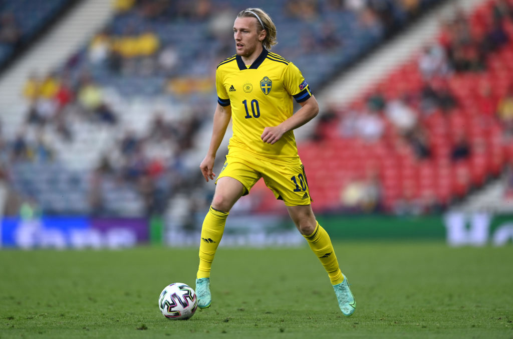 Liverpool fans begged for Emil Forsberg to sign.