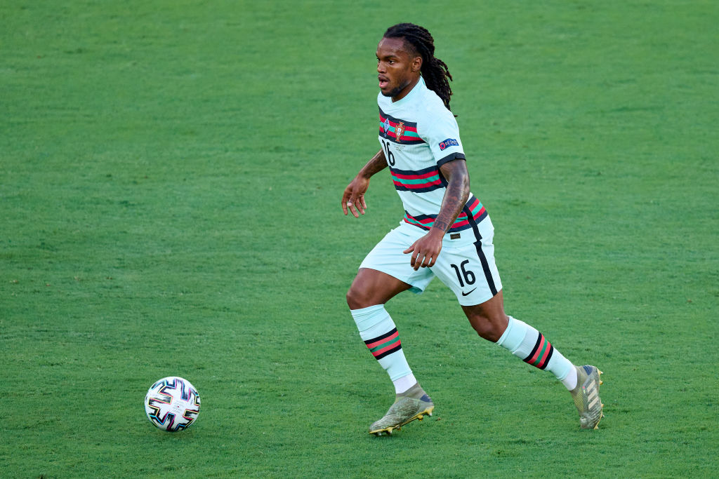 Liverpool are close to signing Renato Sanches