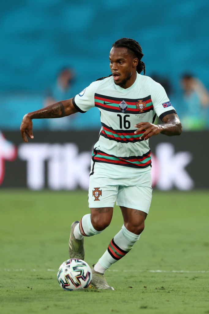 Liverpool target Renato Sanches appears set to join Wolves