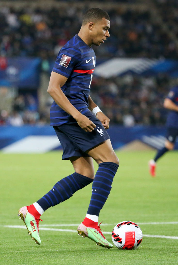 PSG are reportedly hopeful of tying Kylian Mbappe down to a new contract